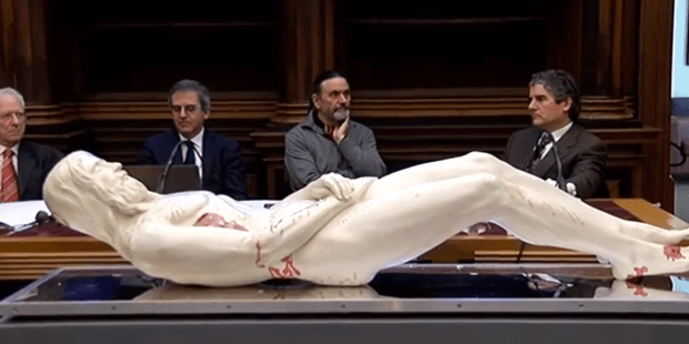 The Shroud of Turin Seen in 3D